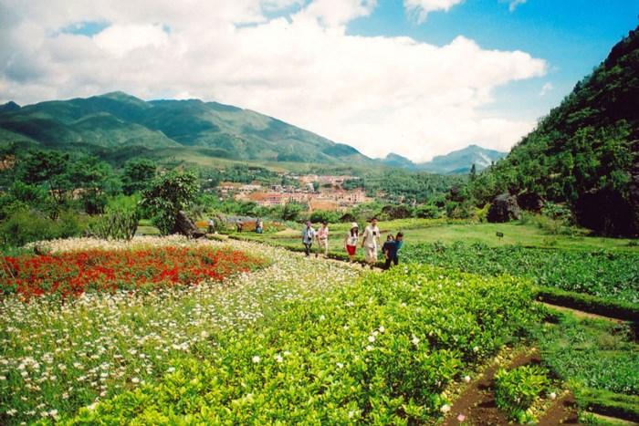 Đây là địa danh du lịch không thể thiếu trong hành trình du lịch của du khách đến Sa Pa.